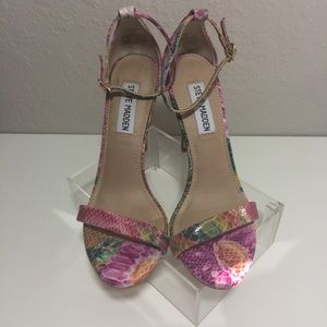 Steve Madden Stecy Floral Print Heels SIze 6